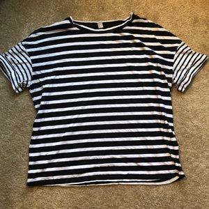 Nordstrom BP black and white tee shirt